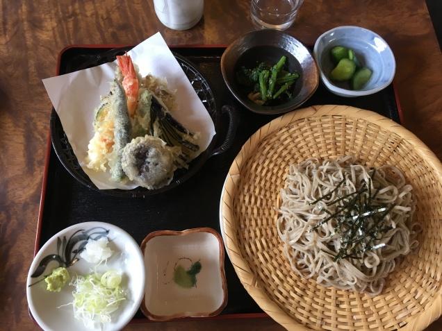 Tenzaru soba from Minakami -- 八兵衛